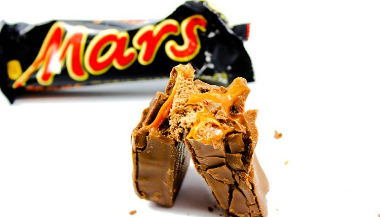 Food Giant Mars Says Your Snickers Might Cost More if Brexit Deal is Weak