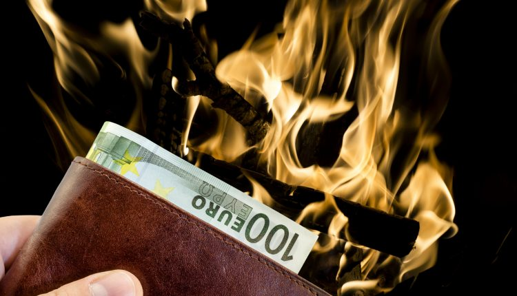 Cash And Go >> Should We Burn All Our Money And Go Cashless