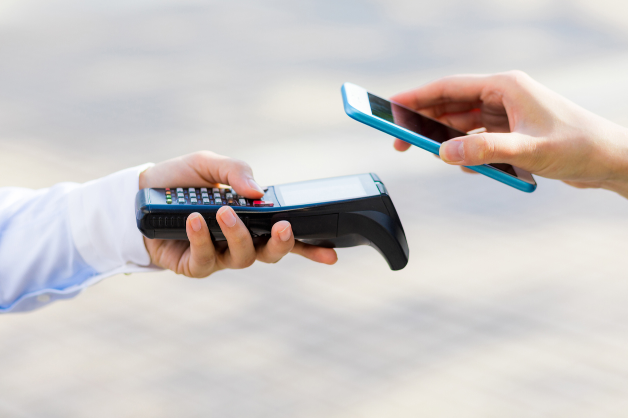 Cash And Go >> Quarter Of Consumers Refuse To Go Cashless Why